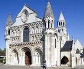 Magiciens 86 Eglise de Poitiers